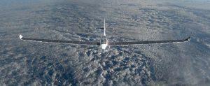 Αυτό είναι το πρώτο ηλιακό αεροπλάνο που θα ταξιδέψει στο διάστημα